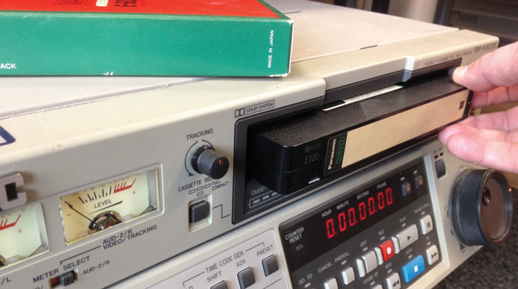 JVC-BR-S822E-VHS-VCR