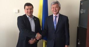 Александр Данченко и Орозобек Кайыков