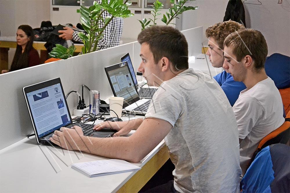 Hackathon Broadcast LAB