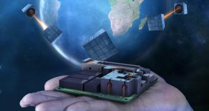 Quantum satellite device