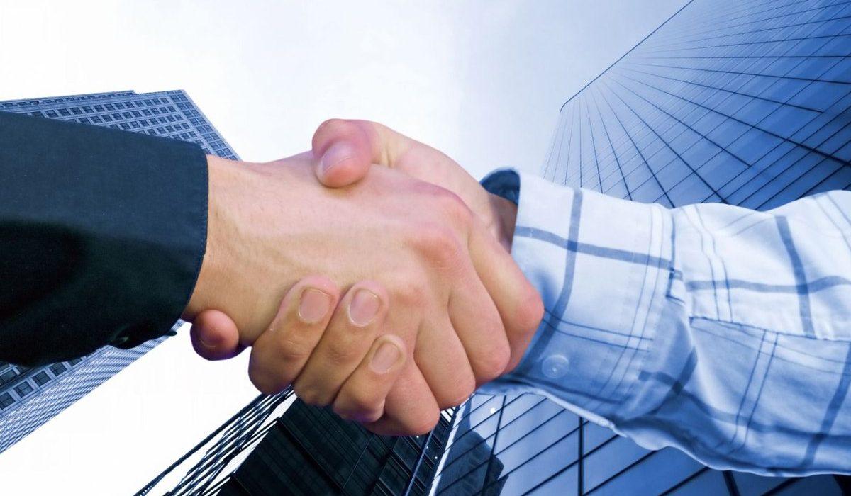 Партнерство / Partnerships / Рукопожатие / Сделка / Договор /