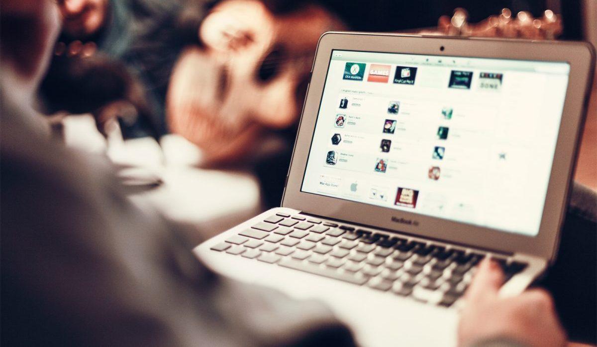 Видеореклама в интернете россия продажа один единственный клик существует мнение основная реклама сайтах контекстная
