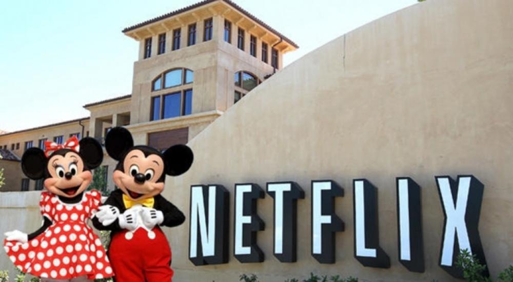 Акции Netflix взлетели нафоне сообщения опоглощении студией Walt Disney
