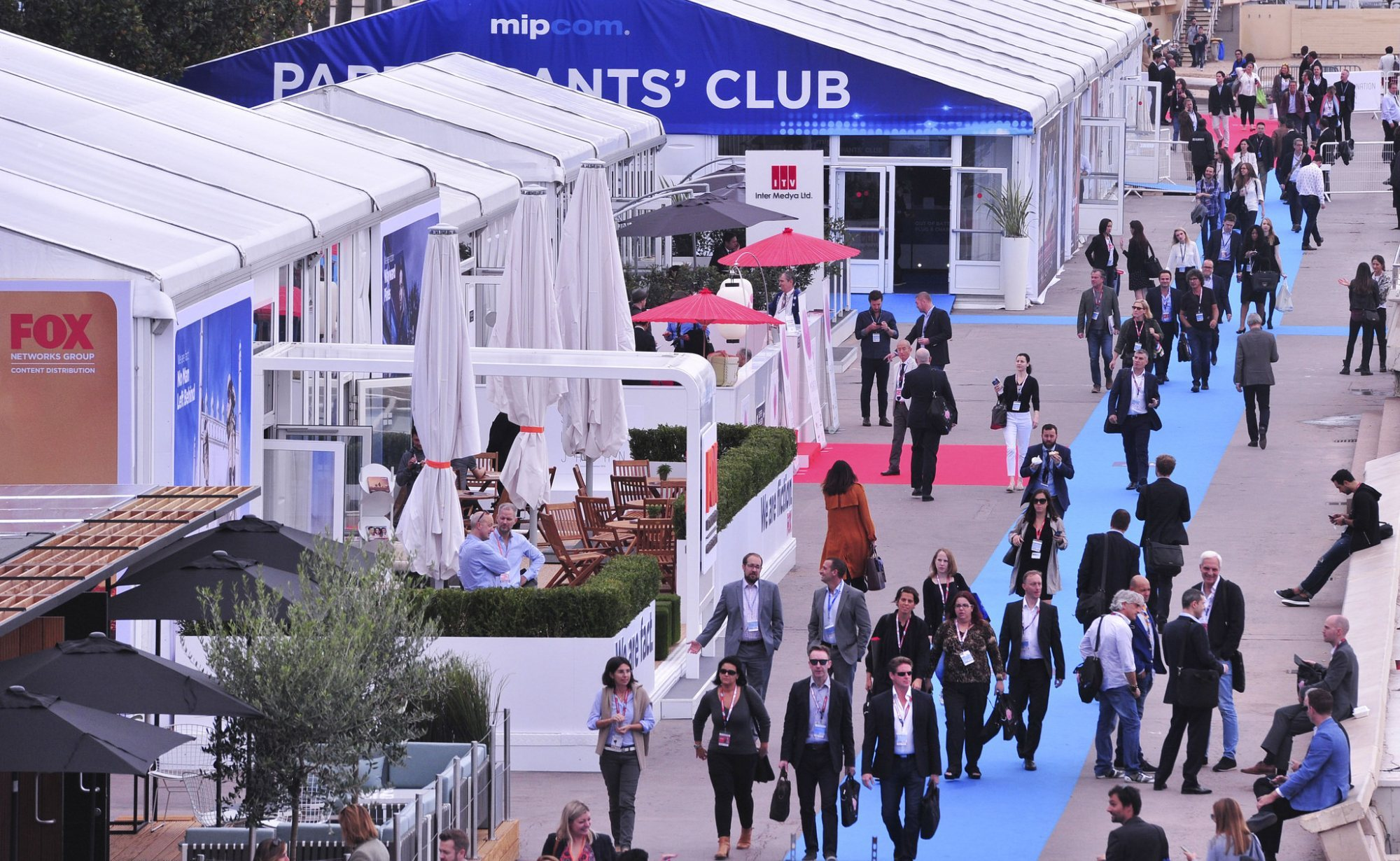 MIPCOM 2016 - ATMOSPHERE - OUTSIDE VIEW