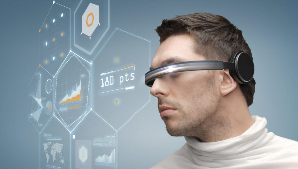 Augmented and Virtual Reality Headset