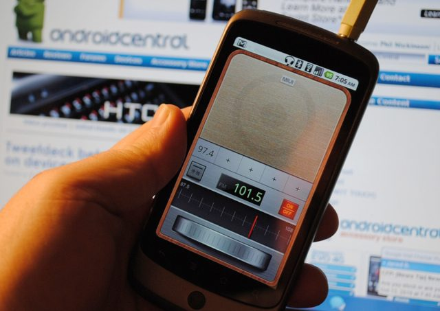 FM Radio on Smartphone