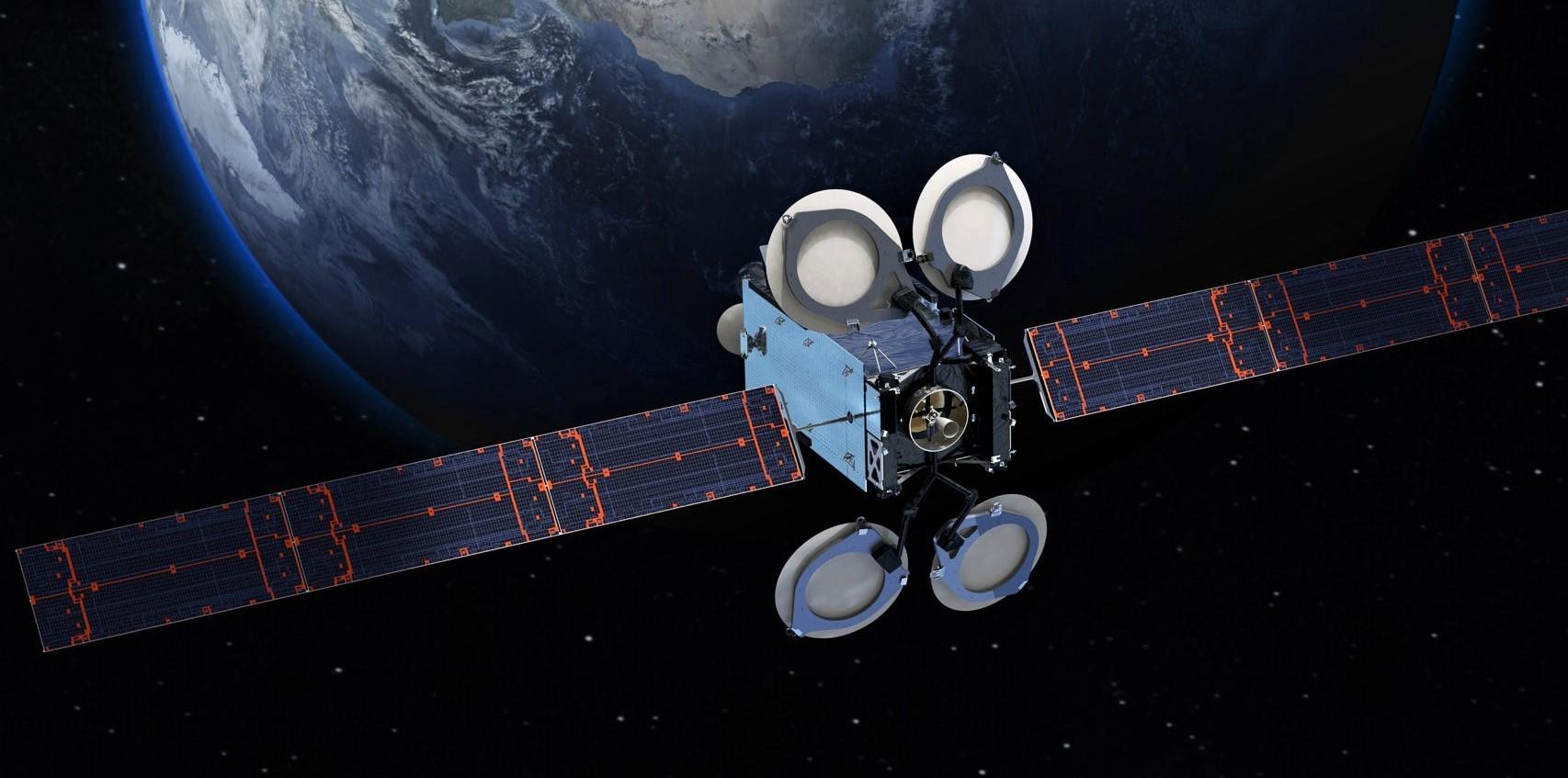 Спутник Amos-17