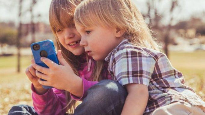 Дети и смартфон