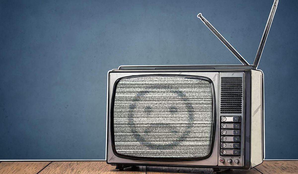 Телевизор с помехами