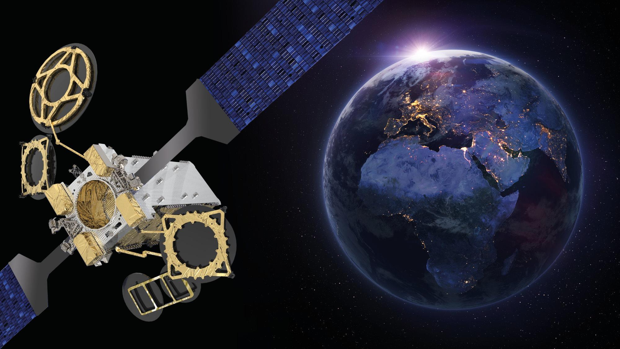 Спутник морской связи Eutelsat 10B
