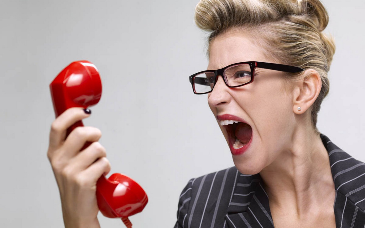 Бизнес-леди и телефон