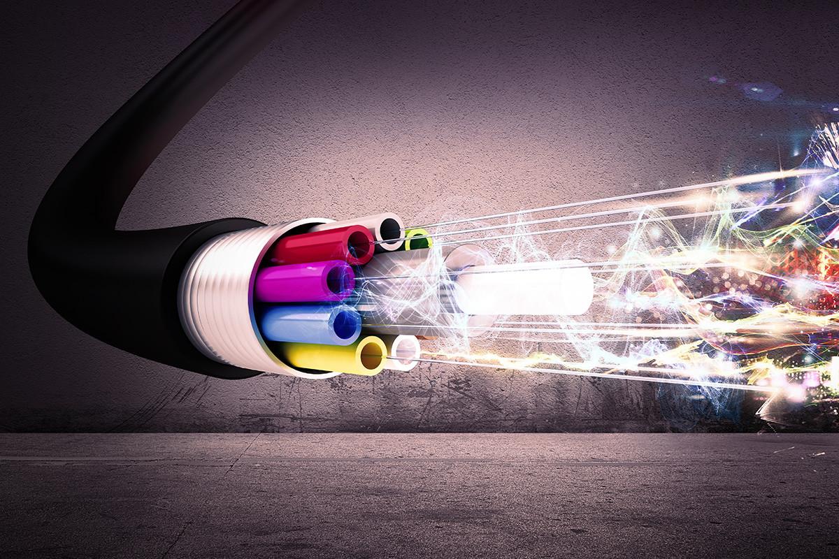 fibre broadband / волоконно-оптический интернет