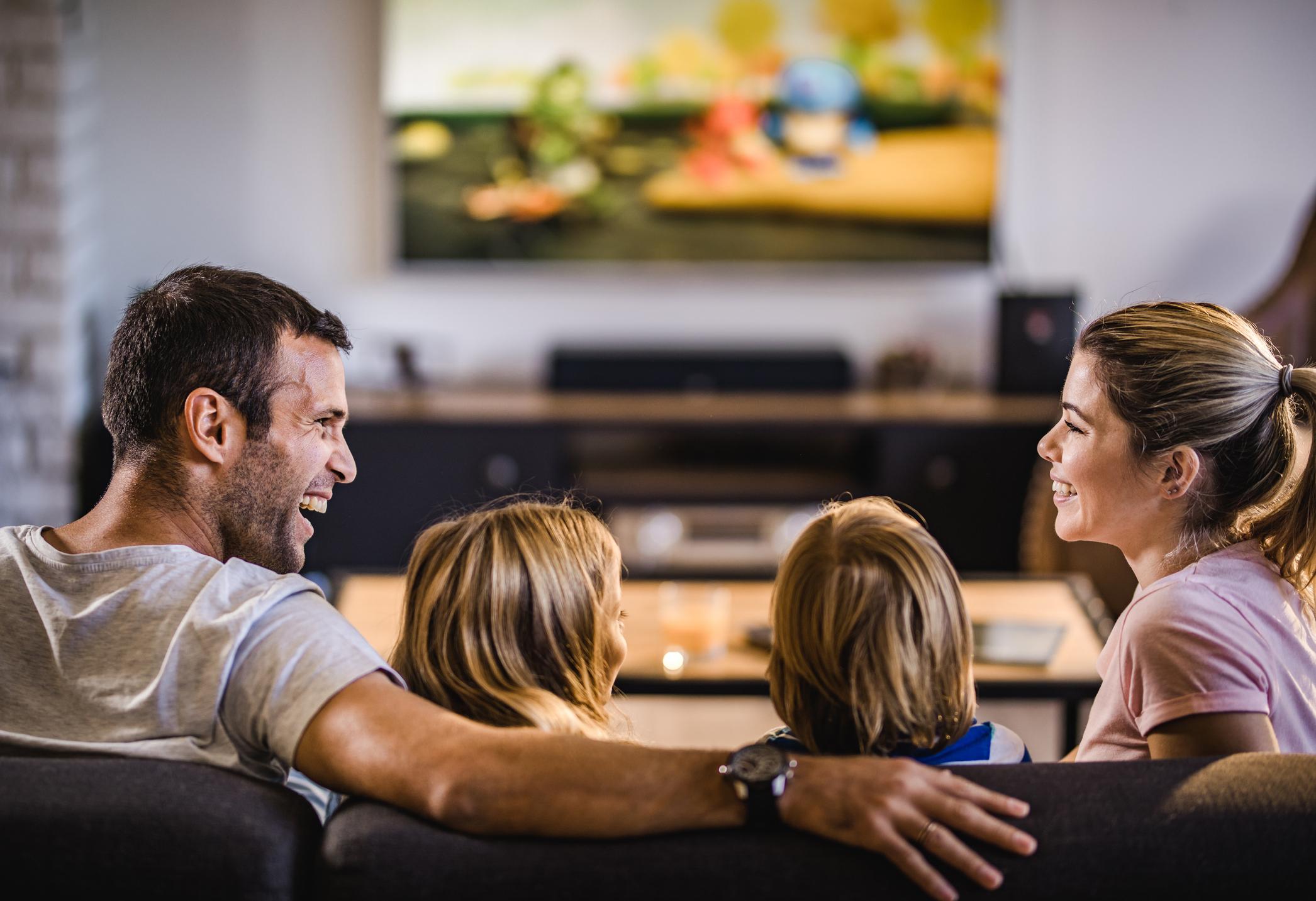 Смотреть ТВ / watch TV