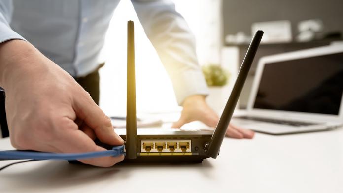 Wi-Fi роутер /wi-fi router